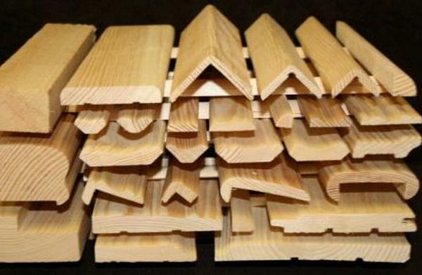 Деревянные уголки для внутренних и наружных примыканий стен и плинтуса