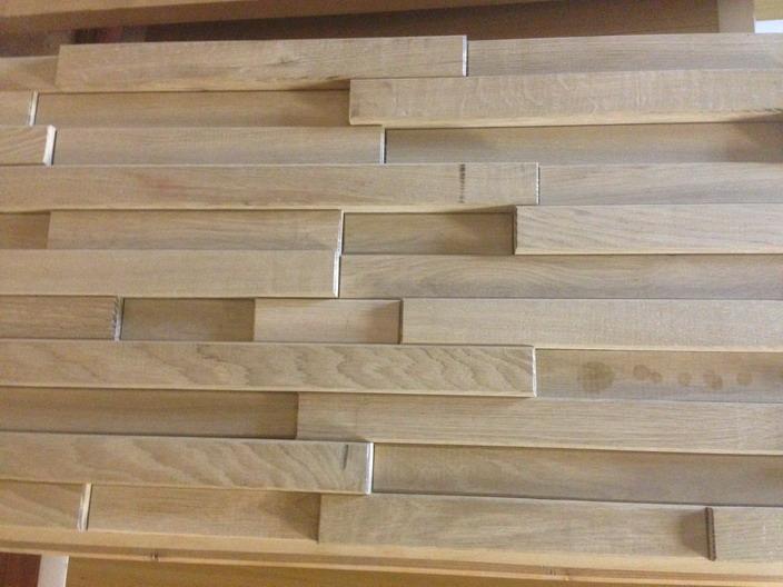 Стеновые панель из массива дерева в виде реек