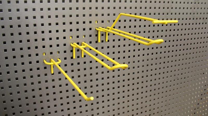 Алюминиевые панели с крючками