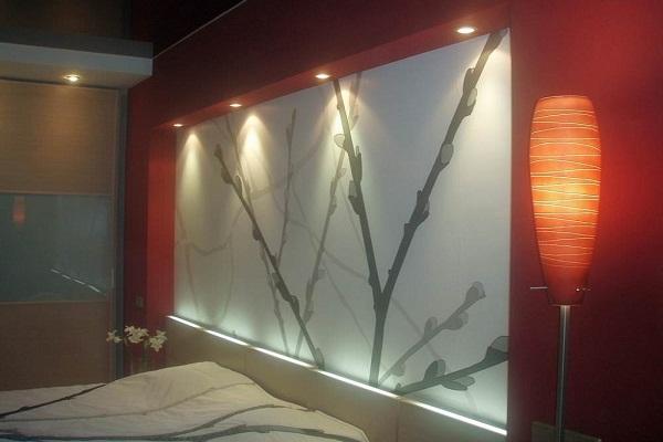 Стеклянные панели с подсветкой