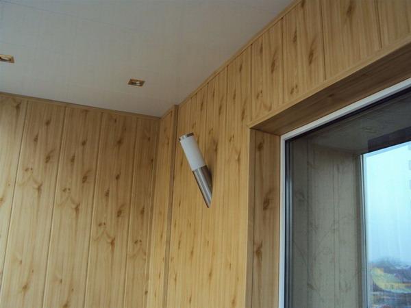 Стены, обшитые панелями из МДФ