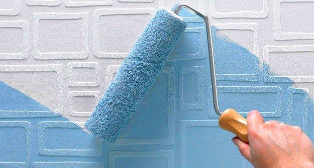 При завершении всех манипуляций со стеновыми панелями можно приступить к декорации